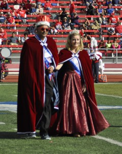 Enrique Rodriguez and Alisa Proffer are crowned 2014 homecoming royalty.