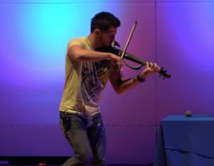 Hip-hop violinist SVET performs at CSU-Pueblo Nov. 3.